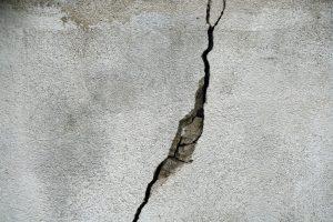 Crack Wall Concrete Texture Stone  - struppi0601 / Pixabay